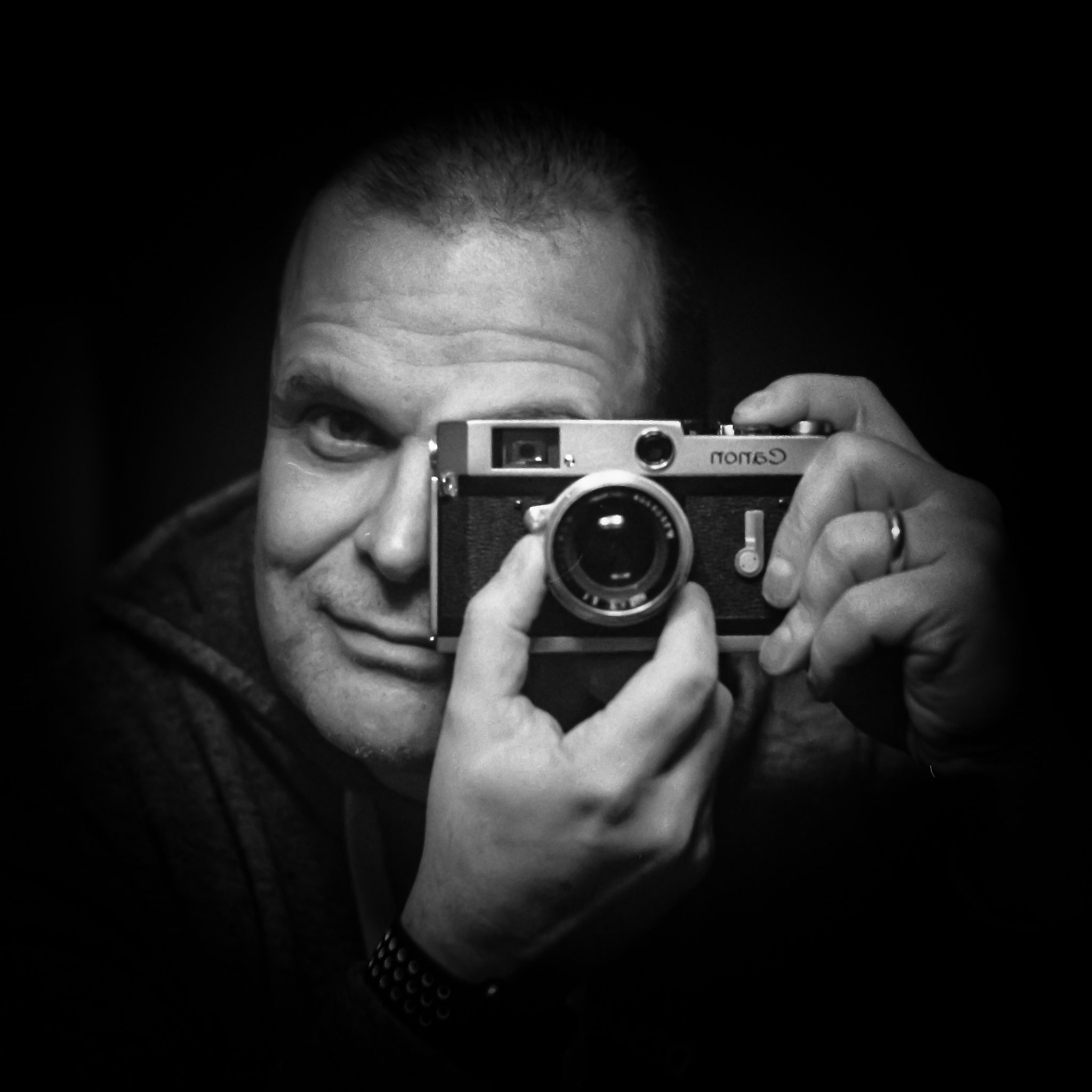 Canon P Selfie